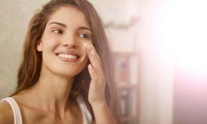 Camuflar el acné para acudir a una cita